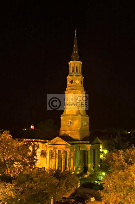 SAINT PHILLIPS CHURCH STEEPLE SKYLINE DOWNTOWN CHARLESTON SOUTH CAROLINA USA