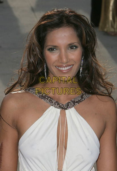 PADMA LAKSHMI .2006 Vanity Fair Oscar Party held at Morton's, .West Hollywood, California, USA, .05 March 2006..half length white dress oscars cut out peep hole.Ref: ADM/CH.www.capitalpictures.com.sales@capitalpictures.com.©Charles Harris/AdMedia/Capital Pictures.