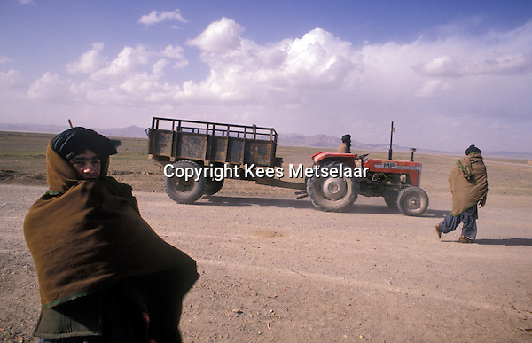 Afghanistan, Kandahar, Februari 1989 The Afghan countryside around Kandahar during the withdrawal of the Sovjet army. The mujahedin, armed insurgents were in power. Some years later the Taliban would arise from these groups in this southern part of the country. Photo Kees Metselaar