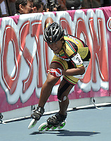 CUCUTA - COLOMBIA - 17-05-2013: Keity Caraballo, patinadora de Bolivar, en la prueba de los 300 metros contra reloj individual, juvenil damas, en el Campeonato Nacional Interligas en la ciudad de Cucuta, mayo 17 de 2013. (Foto: VizzorImage / Luis Ramirez / Staff).  Keity Caraballo, skater from Bolivar, in testing the 300 meters individual time, juvenil ladies Interleague National Championship in the city of Cucuta, May 17, 2013. (Photo: VizzorImage / Luis Ramirez / Staff)
