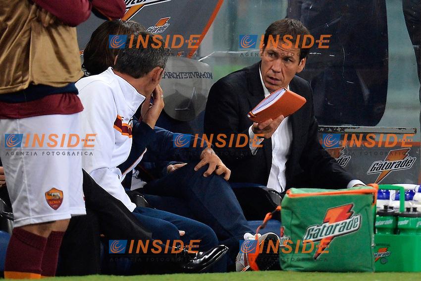 Rudi Garcia con la sua agenda <br /> Rudi Garcia with his agenda<br /> Roma 18-10-2013 Stadio Olimpico<br /> Football Calcio Serie A 2013/2014<br /> Roma - Napoli <br /> Foto Andrea Staccioli Insidefoto