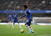9th November 2019; Stamford Bridge, London, England; English Premier League Football, Chelsea versus Crystal Palace; Willian of Chelsea - Strictly Editorial Use Only. No use with unauthorized audio, video, data, fixture lists, club/league logos or 'live' services. Online in-match use limited to 120 images, no video emulation. No use in betting, games or single club/league/player publications