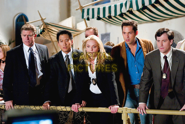TREAT WILLIAMS, VIC CHAO, ELISABETH ROHM,.ENRIQUE MURCIANO & BRIAN SHORTALL.in Miss Congenialty 2: Armed & Fabulous.*Editorial Use Only*.www.capitalpictures.com.sales@capitalpictures.com.Supplied by Capital Pictures.