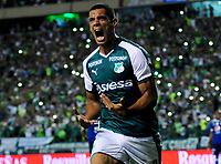 PALMIRA - COLOMBIA - 24 - 02 - 2018: Jose Sand, jugador de Deportivo Cali celebra el gol anotado a Millonarios, durante partido entre Deportivo Cali y Millonarios de la fecha 5 por la liga Aguila I 2018, jugado en el estadio Deportivo Cali (Palmaseca) en la ciudad de Palmira. / Jose Sand, player of Deportivo Cali celebrates a scored goal to Millonarios, during a match between Deportivo Cali and Millonarios of the 5th date for the Liga Aguila I 2018, at the Deportivo Cali (Palmaseca) stadium in Palmira city. Photo: VizzorImage  / Nelson Rios / Cont.
