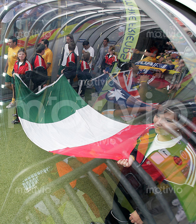 Fussball WM 2006  Achtelfinale  Italien - Australien Einlauf der Spieler