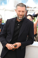VINCENT CASSEL - PHOTOCALL OF THE FILM 'JUSTE LA FIN DU MONDE' AT THE 69TH FESTIVAL OF CANNES 2016