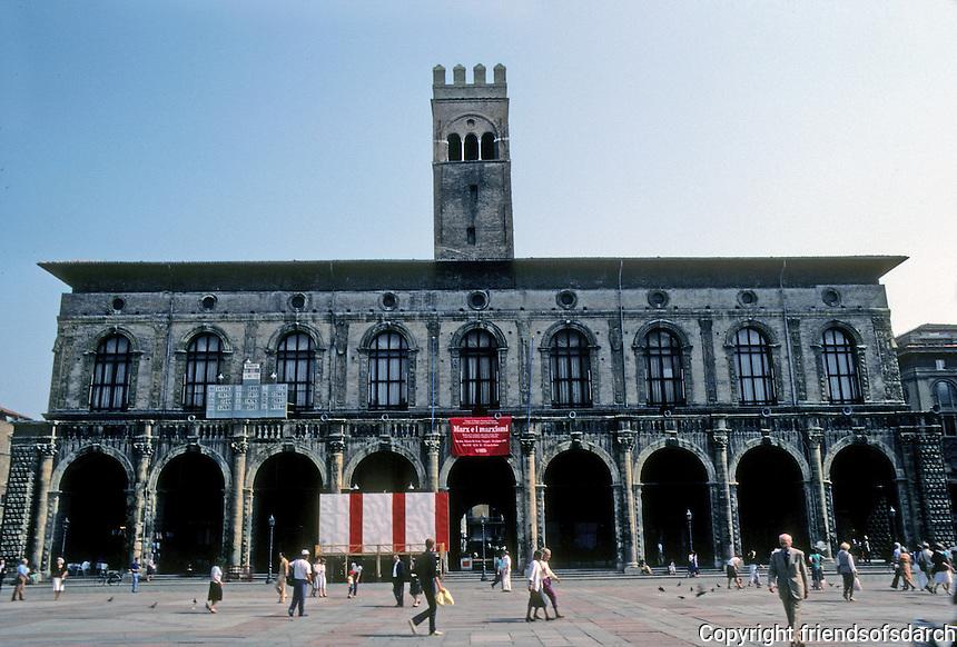 Italy: Bologna--Piazza Maggiore. Palazzo Del Podesto. Arcades separated by Corinthian columns; a balustrade; attic with circular windows (oculi) Photo '83.