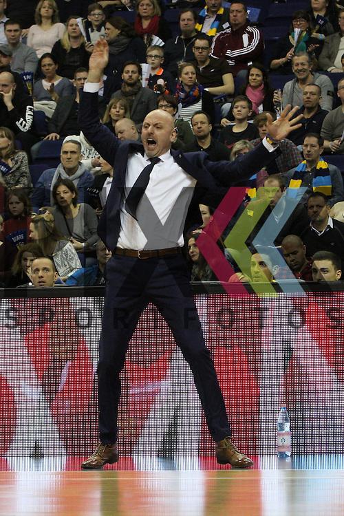 Berlins Headcoach Sasa Obradovic  beim Spiel in der 1. Basketball Bundesliga, ALBA Berlin - BG Goettingen.<br /> <br /> Foto &copy; PIX-Sportfotos *** Foto ist honorarpflichtig! *** Auf Anfrage in hoeherer Qualitaet/Aufloesung. Belegexemplar erbeten. Veroeffentlichung ausschliesslich fuer journalistisch-publizistische Zwecke. For editorial use only.