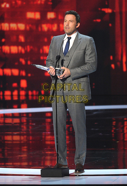 LOS ANGELES, CA - JANUARY 7: Ben Affleck accepts the Favorite Humanitarian Award onstage at the People's Choice Awards 2015 at the Nokia Theatre LA Live on January 7, 2015 in Los Angeles, California. <br /> CAP/MPI/FMPG<br /> &copy;FMPG/MPI/Capital Pictures