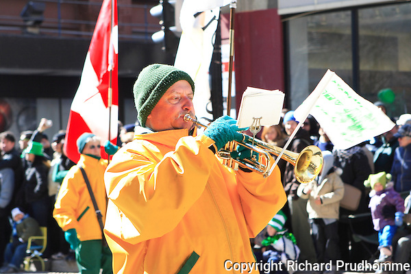 Montreal's St-Patrick's 185th parade, held in downtown Montreal on March 22nd 2009, Garde Saint-Louis de Terrebonne band