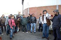 Roma 6 Aprile 2009<br /> Metropoliz.<br /> Occupazione ex fabbrica Fiorucci.Gli occupanti in attesa dello sgombero annunciato e poi ritirato..Il presidente del municipi VII Roberto Mastrantonio.The occupants  pending eviction announced and then withdrawn