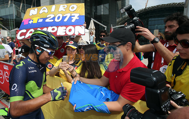 Nairo Quintana (COL) Movistar Team with some of his fans at sign on before the start of Stage 2 the Nation Towers Stage of the 2017 Abu Dhabi Tour, running 153km around the city of Abu Dhabi, Abu Dhabi. 24th February 2017<br />