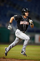 Jupiter Hammerheads shortstop Justin Bohn (13) runs to first during the second game of a doubleheader against the Clearwater Threshers on July 25, 2015 at Bright House Field in Clearwater, Florida.  Clearwater defeated Jupiter 2-1.  (Mike Janes/Four Seam Images)