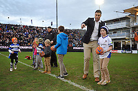 Matt Banahan coaches youngsters at half-time. European Rugby Champions Cup match, between Bath Rugby and RC Toulon on January 23, 2016 at the Recreation Ground in Bath, England. Photo by: Patrick Khachfe / Onside Images