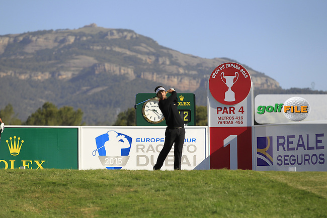 Emilio Cuartero Blanco (ESP) on the 1st tee during Round 2 of the Open de Espana  in Club de Golf el Prat, Barcelona on Friday 15th May 2015.<br /> Picture:  Thos Caffrey / www.golffile.ie