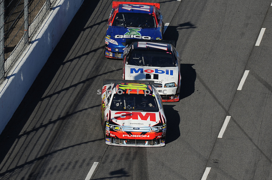 GREG BIFFLE, in action during The NASCAR TUMS FAST RELIEF 500 at Martinsville, VA on Sunday, October 24, 2010. Denny Hamlin would win the race, Mark Martin finished second and Kevin Harvick would finsih third.