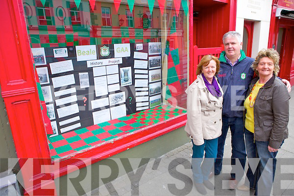 Catherine Ellis, John Hennessy and Brid Griffin from Beale GAA with their window display in Ballybunion marking the history of GAA in the town.