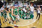 S&ouml;dert&auml;lje 2014-04-22 Basket SM-Semifinal 7 S&ouml;dert&auml;lje Kings - Uppsala Basket :  <br /> S&ouml;dert&auml;lje Kings spelare jublar  efter matchen<br /> (Foto: Kenta J&ouml;nsson) Nyckelord:  S&ouml;dert&auml;lje Kings SBBK Uppsala Basket SM Semifinal Semi T&auml;ljehallen jubel gl&auml;dje lycka glad happy