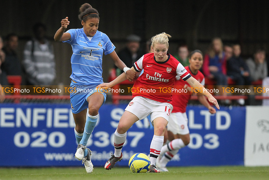Kim Little in action for Arsenal - Arsenal Ladies vs Doncaster Rovers Belles - FA Womens Super League Football at Boreham Wood FC - 30/09/12 - MANDATORY CREDIT: Gavin Ellis/TGSPHOTO - Self billing applies where appropriate - 0845 094 6026 - contact@tgsphoto.co.uk - NO UNPAID USE.