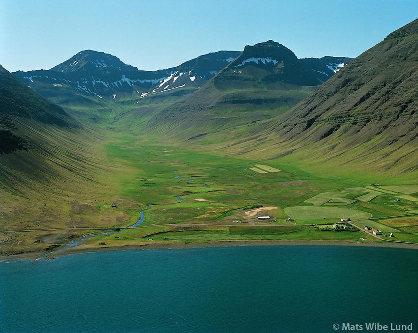 Haukadalur, &Iacute;safjar&eth;arb&aelig;r &aacute;&eth;ur &THORN;ingeyrarhreppur. /  <br /> Haukadalur, Isafjardarbaer former Thingeyrarhreppur.