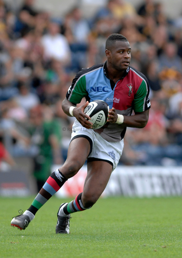 Photo: Richard Lane..London Wasps v NEC Harlequins. Guinness Premiership. 17/09/2006. .Quins' Ugo Monye.