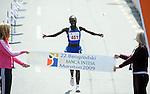 ATLETIKA, Beograd, 18. Apr. 2009. - Kenijska atleticka Ana Dzemkeboj Kosgei pobednica je 22. Beogradskog maratona u konkurenciji dama. FOTO NENAD NEGOVANOVIC