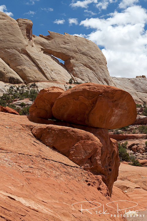 Peekaboo Arch stands above the western side of the Waterpocket Fold in the Grand Staircase Escalante National Monument.