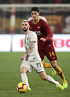 Football, Serie A: AS Roma - InterMilan, Olympic stadium, Rome, December 02, 2018. <br /> Inter's Marcelo Brozovic (l) in action with Roma's Patrik Schick (r) during the Italian Serie A football match between Roma and Inter at Rome's Olympic stadium, on December 02, 2018.<br /> UPDATE IMAGES PRESS/Isabella Bonotto