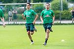 05.07.2019, Parkstadion, Zell am Ziller, AUT, TL Werder Bremen - Tag 01<br /> <br /> im Bild / picture shows <br /> <br /> Laufuebungen / Sprintuebungen<br /> <br /> Ilia Gruev (Werder Bremen #28)<br /> Kevin Möhwald / Moehwald (Werder Bremen #06)<br /> Foto © nordphoto / Kokenge