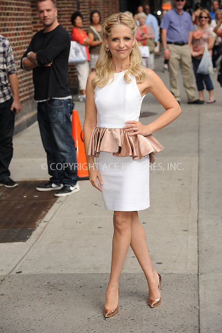 WWW.ACEPIXS.COM <br /> October 10, 2013 New York City<br /> <br /> Sarah Michelle Gellar arrives to tape an appearance on the Late Show with David Letterman on October 10, 2013  in New York City.<br /> <br /> Please byline: Kristin Callahan  <br /> <br /> ACEPIXS.COM<br /> Ace Pictures, Inc<br /> tel: (212) 243 8787 or (646) 769 0430<br /> e-mail: info@acepixs.com<br /> web: http://www.acepixs.com