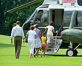 Washington, D.C. - August 1, 2009 -- United States President Barack Obama and his family board Marine 1 to depart the South Lawn of the White House en route to Camp David on Saturday, August 1, 2009.  From left to right: President Obama; Marian Robinson, mother-in-law; first lady Michelle Obama; Sasha Obama; and Malia Obama..Credit: Ron Sachs / Pool via CNP