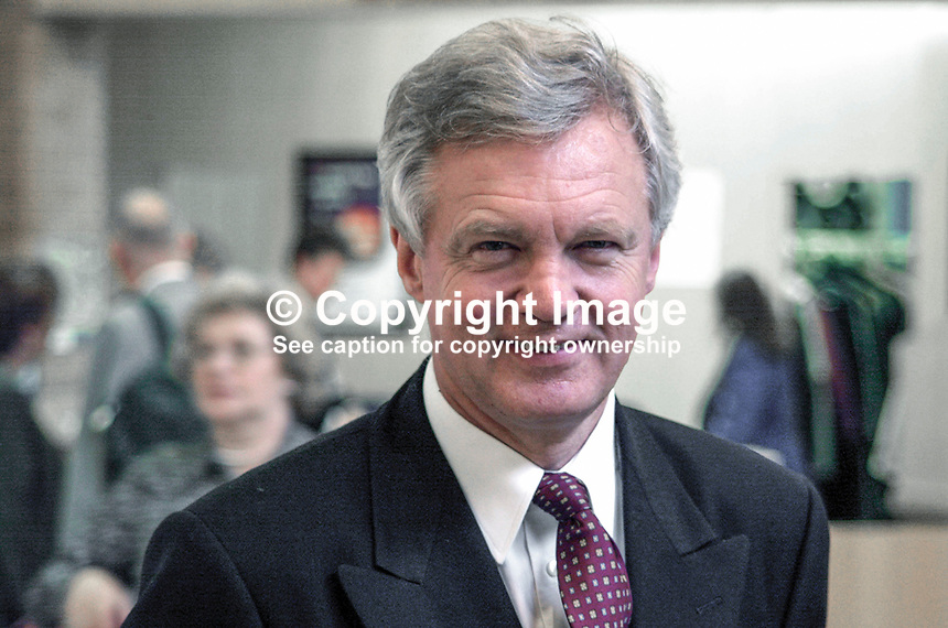 David Davis, Conservative Party, MP, UK, Ex-minister, Britain, 2000100399..Taken at Conservative Party Annual Conference in Bournemouth, England.<br />
