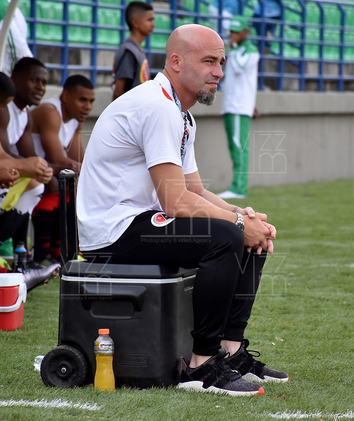MONTERÍA - COLOMBIA, 23-02-2019: Sebastián Méndez, técnico de Cúcuta Deportivo, durante partido entre Jaguares F. C. y Cúcuta Deportivo de la fecha 6 por la Liga Águila I 2019, en el estadio Jaraguay de Montería de la ciudad de Montería. /  Sebastian Mendez, coach of Cucuta Deportivo during a match between Jaguares F. C., and Cucuta Deportivo, of the 6th date for the Leguaje Aguila I 2019 at Jaraguay de Montería Stadium in Monteria city. Photo: VizzorImage / Andrés López  / Cont.