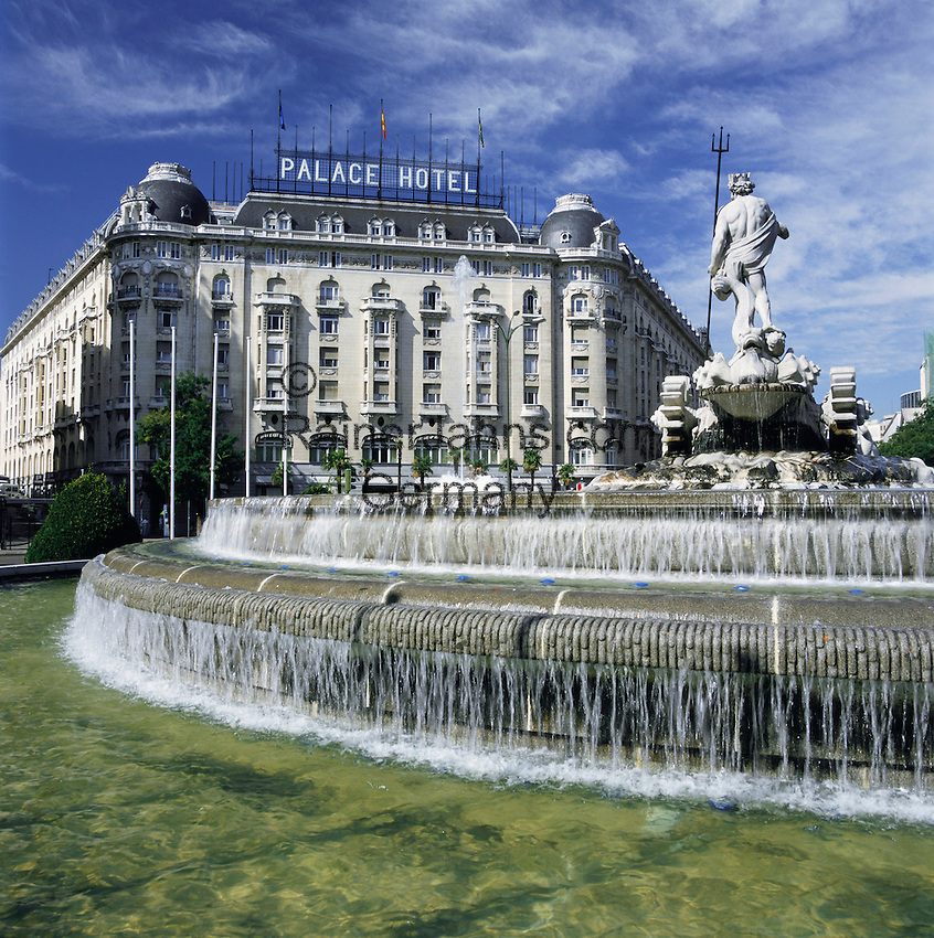 Spain, Madrid: Palace Hotel in Plaza Canovas del Castillo | Spanien, Madrid: Palace Hotel in der Plaza Canovas del Castillo