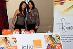 (Shane Personal Event).Jaffa Express help out on the night. Staff members Debbie Newman and Lisa Carolan at the event..Picture: Shane Maguire / www.newsfile.ie.