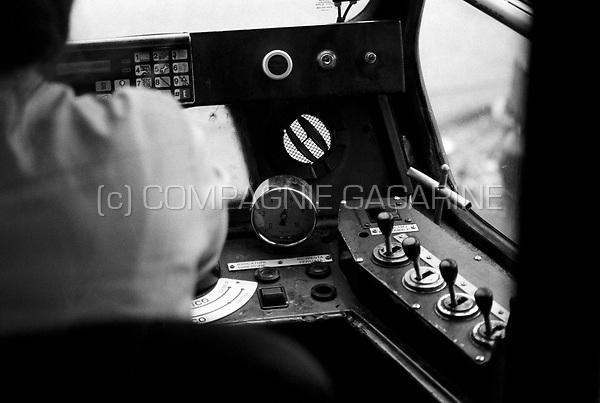 De Lijn Tram driver / conductor in Antwerp (Belgium, 02/06/2007)