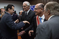 "SAO PAULO, SP, 26.05.2014. ALCKMIN - ORDEM DO IPIRANGA. O governador de São Paulo Geraldo Alckmin,  e o ex prefeito Gilberto Kassab  durante a entrega da honraria ""Ordem do Ipiranga"" no Palacio dos Bandeirantes.  (Foto: Adriana Spaca/Brazil Photo Press)"