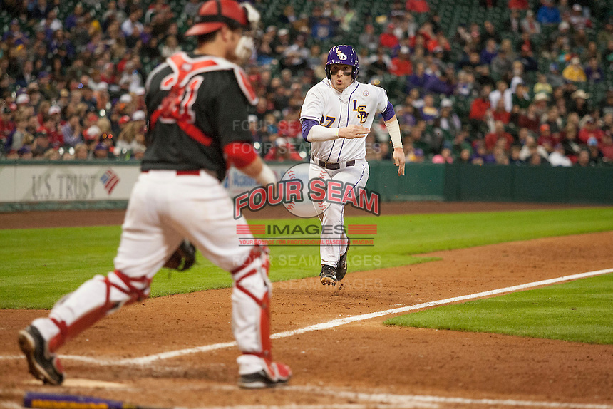 LSU Tigers infielder Danny Zardon (27) sprints home during the NCAA baseball game against the Houston Cougars on March 6, 2015 at Minute Maid Park in Houston, Texas. LSU defeated Houston 4-2. (Andrew Woolley/Four Seam Images)