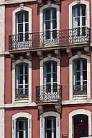 Europe/France/Aquitaine/64/Pyrénées-Atlantiques/Pays-Basque/Saint-Jean-de-Luz: Façade maison sur le port