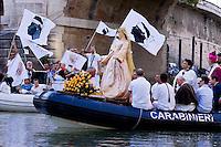 La processione sul Tevere in onore della Madonna Fiumarola 2015