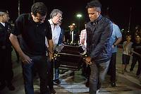 SAO PAULO, SP, 08.05.2014 - VELORIO JAIR RODRIGUES - Corpo do cantor e compositor Jair Rodrigues é velado na Assembléia Legislativa na regiao sul de Sao Paulo, nesta quinta-feira, 08. (Foto: Adriana Spaca / Brazil Photo Press).