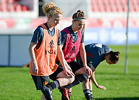 20171023 - PENAFIEL , PORTUGAL :  Belgian Charlotte Tison and Davinia Vanmechelen (r)  pictured during the matchday -1 training session of the Belgian national women's soccer team Red Flames prior to the game against the women's team of Portugal , on monday 23 October 2017 at Estádio Municipal 25 de Abril in Penafiel. The Red Flames are playing their third game in the Worldcup 2019 France qualification against Portugal. PHOTO SPORTPIX.BE | DAVID CATRY