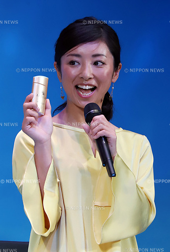 "February 20, 2018, Tokyo, Japan - Japanese female baseball player and manager Ayumi Kataoka poses for photo at a presentation of Japanese cosmetics giant Shiseido's sunblock cosmetics ""Anessa"" in Tokyo on Tuesday, February 20, 2018.    (Photo by Yoshio Tsunoda/AFLO) LWX -ytd-"