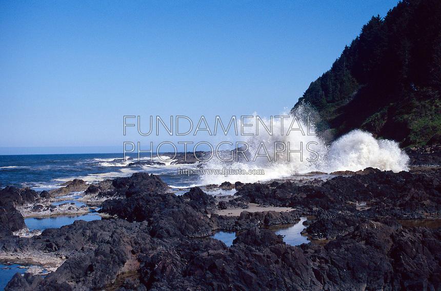 SEACOAST<br /> Crashing Surf<br /> Oregon coast