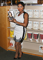 "Toni Braxton Signs Copies Of Her Memoir ""Unbreak My Heart"""