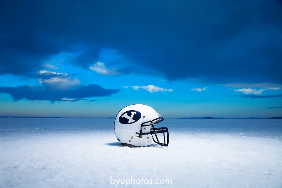 09FTB Poster Salt Flats 1584.CR2..09FTB Poster Shoot .Bonneville Salt Flats..May 20, 2009..Photo by Mark A. Philbick..© BYU PHOTO 2009.All Rights Reserved.photo@byu.edu  (801)422-7322.
