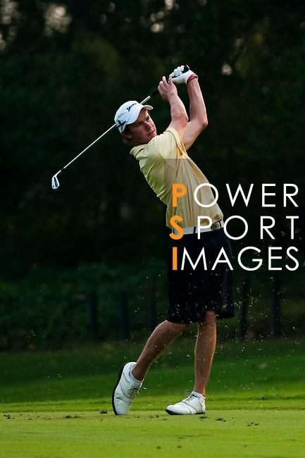 SHENZHEN, CHINA - OCTOBER 31:  Jordan Sherratt of Australia plays his second shot on the 17th hole during the day three of Asian Amateur Championship at the Mission Hills Golf Club on October 31, 2009 in Shenzhen, Guangdong, China.  (Photo by Victor Fraile/The Power of Sport Images) *** Local Caption *** Jordan Sherratt