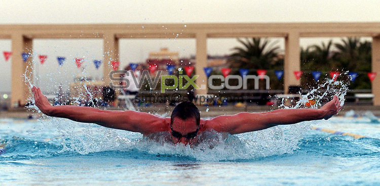 Pix: Ben Duffy/SWpix.com.....Swimming. Great Britain Warm Weather Training, Mataro, Spain.18/05/2002...COPYWRIGHT PICTURE>>SIMON WILKINSON>>01943 436649>>..Generic butterfly swimmer