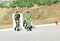 Irak 2000.Entrainement militaire &agrave; Zawita.<br />