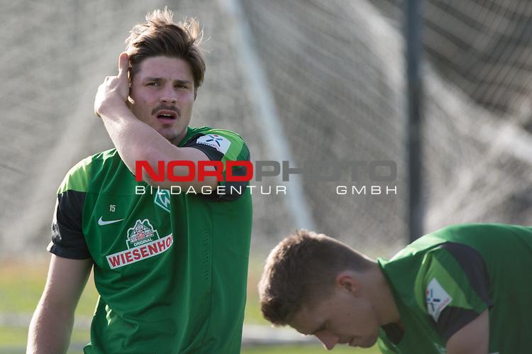 Trainingsgel&auml;nde, Jerez, ESP, 1.FBL, Trainingslager Werder Bremen 2014,  08.01.2014, <br /> <br /> Sebastian Pr&ouml;dl / Proedl (Bremen #15)<br /> <br /> Foto &copy; nordphoto/ Kokenge